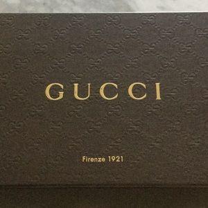 Gucci elastic sport sandals